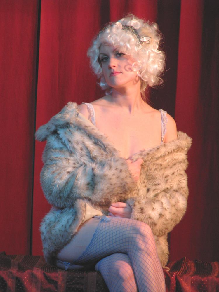 Nicolette le Faye Nude Photos 64